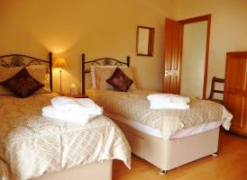 Bedroom 1 - Twin/Double Room
